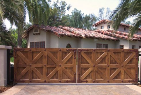 Wood Custom Gates